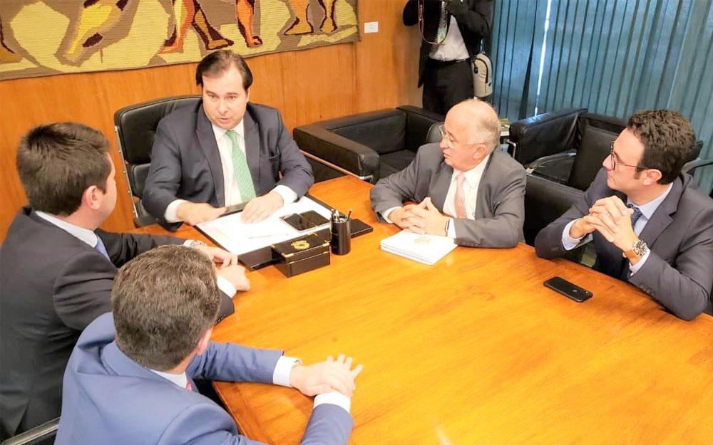Governo elabora texto que trata da remissão do passivo do Funrural e presidente da Câmara promete empenho para aprovar proposta
