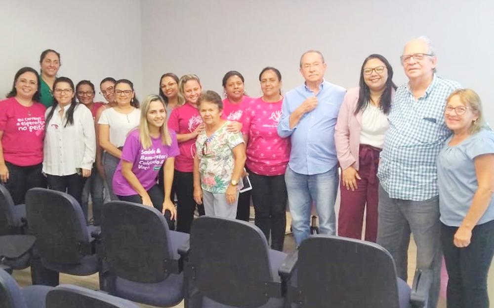 Profissionais da Asplan participam de palestra sobre prevenção de câncer de mama em alusão ao Outubro Rosa